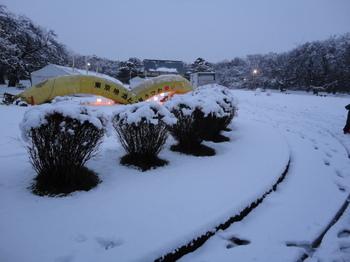 雪のたてもの園.JPG